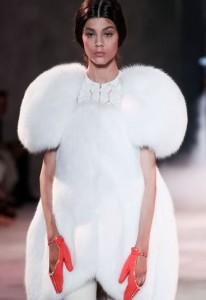 Ulyana-Sergeenko-Paris-hautecouture-AH-2013-121622_L