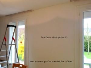 murs blancs